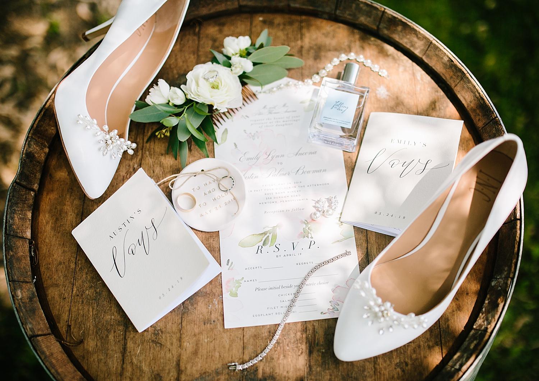 emilyaustin_rosebank_winery_newhope_farm_wedding_image005.jpg