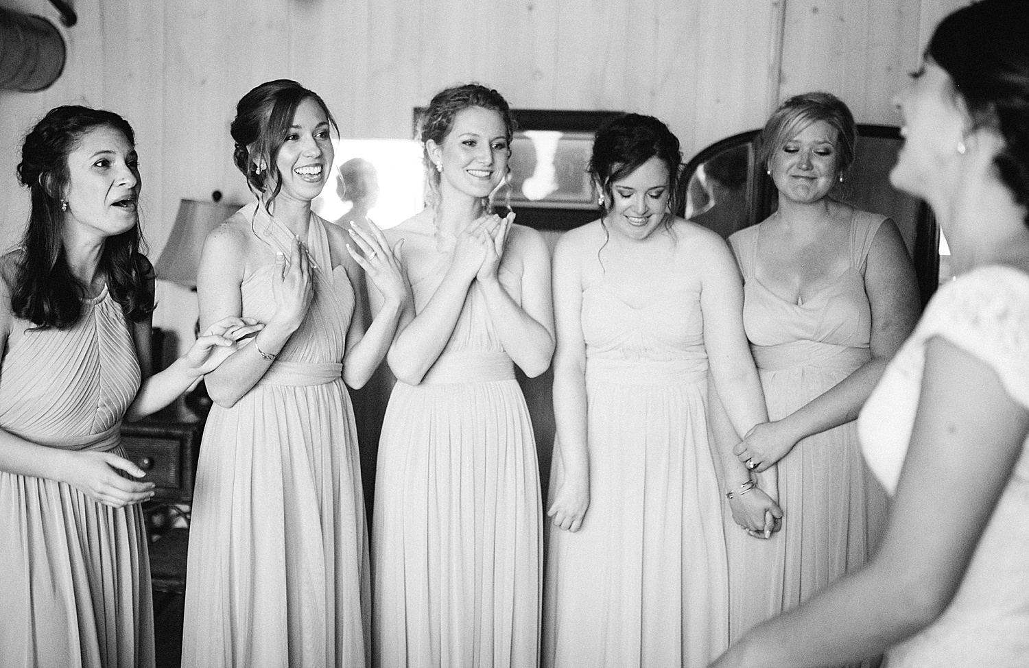 emilyaustin_rosebank_winery_newhope_farm_wedding_image021.jpg