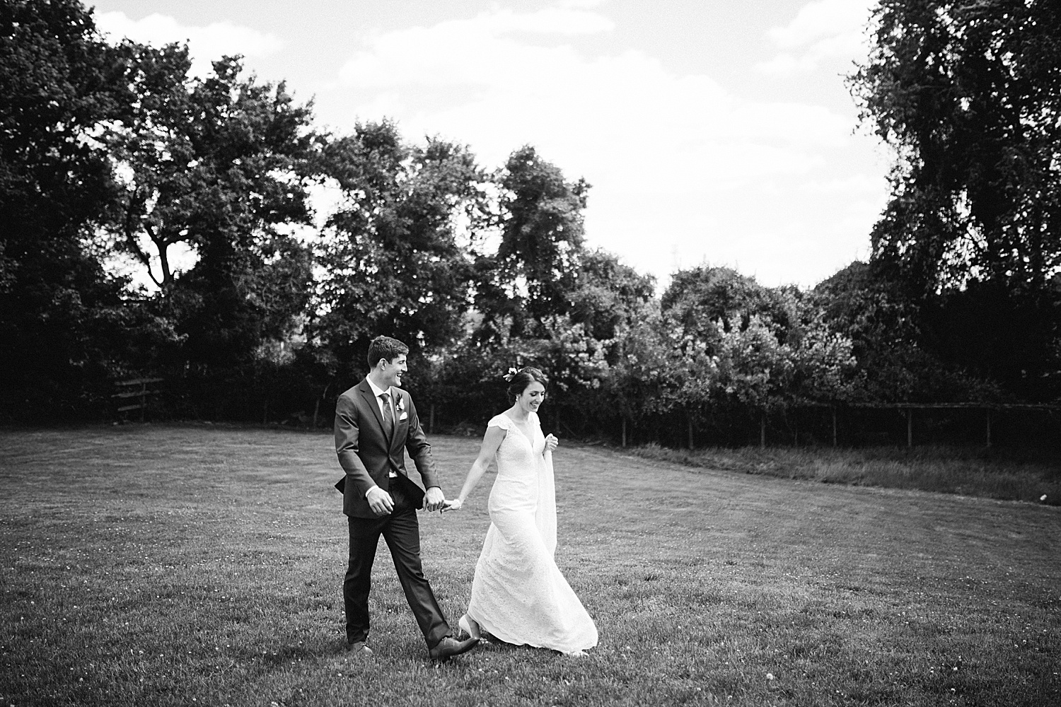 emilyaustin_rosebank_winery_newhope_farm_wedding_image042.jpg