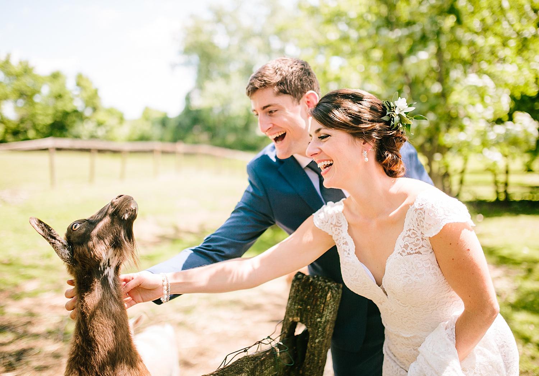 emilyaustin_rosebank_winery_newhope_farm_wedding_image044.jpg