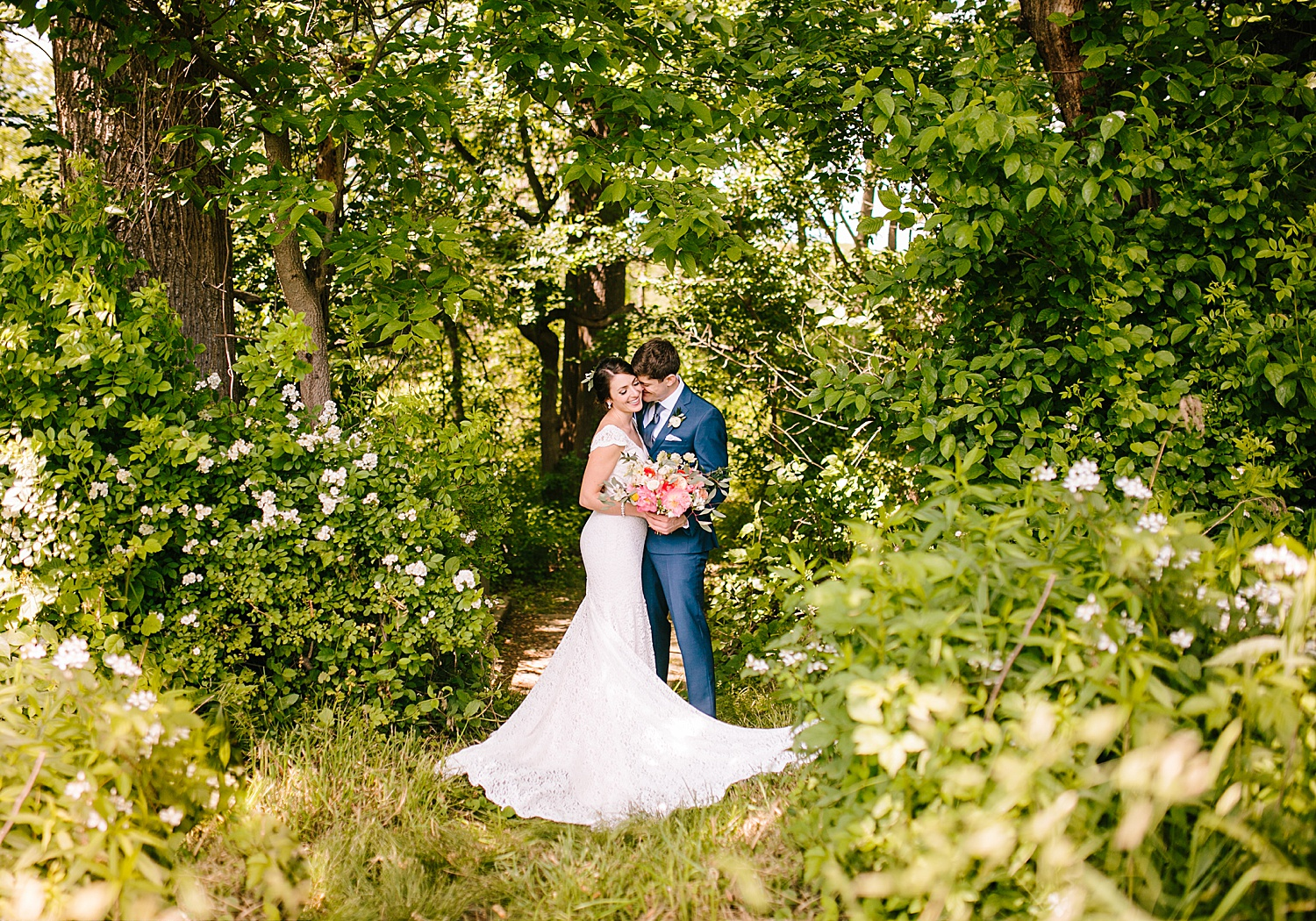 emilyaustin_rosebank_winery_newhope_farm_wedding_image050.jpg