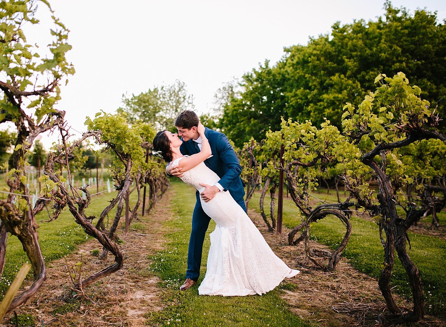 emilyaustin_rosebank_winery_newhope_farm_wedding_image114.jpg