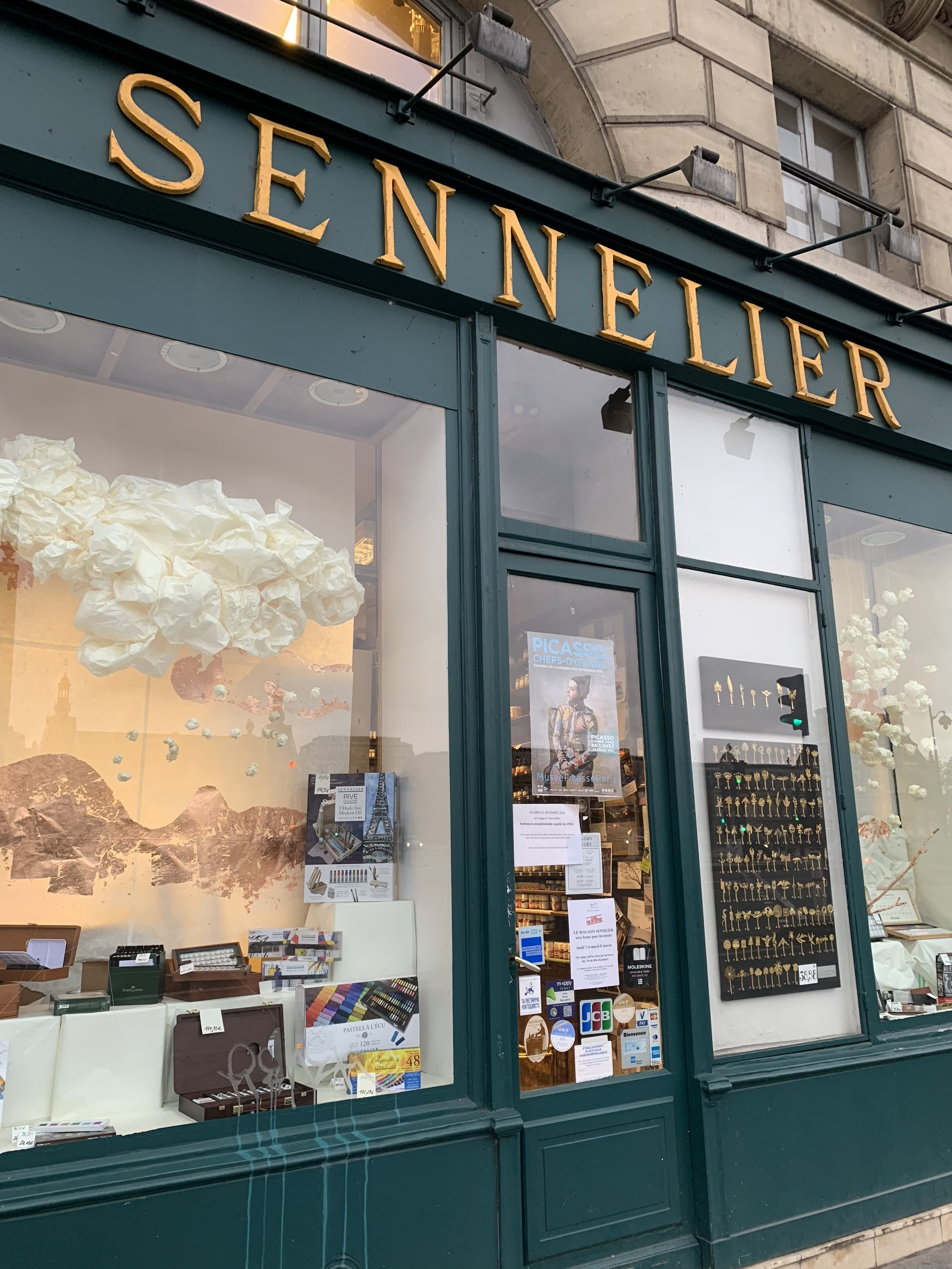 Sennelier art supplies store Paris