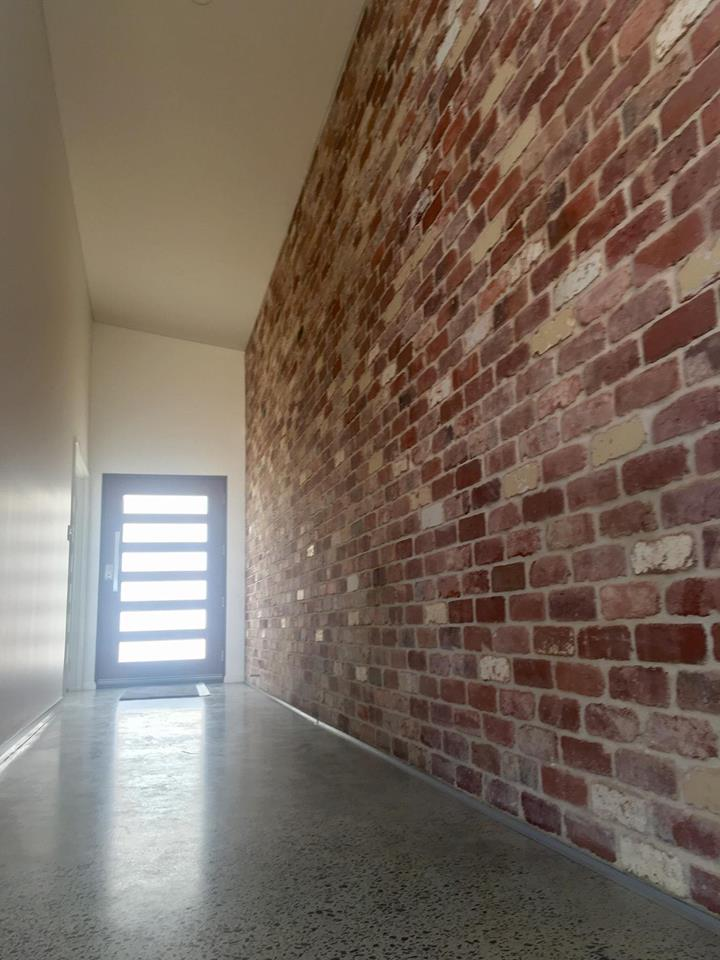 Feature wall Entry.jpg