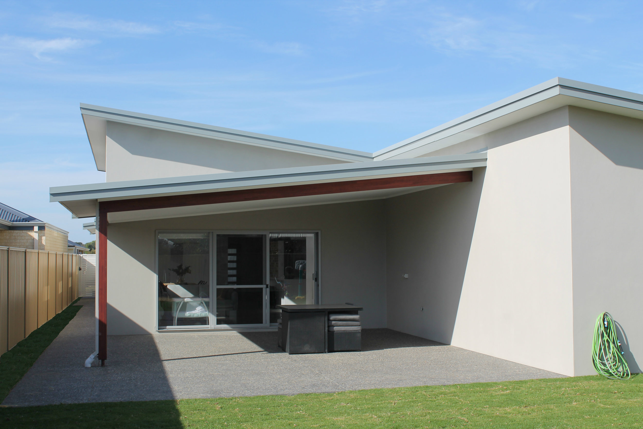Skillion Roof Alfresco - Modern Living