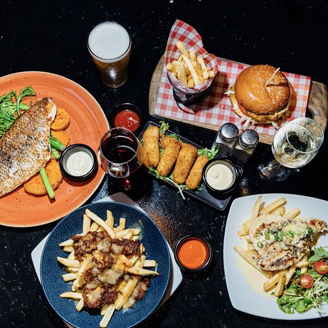 Food to feast your eyes on!  Join us for a feast this week at the Bank Tav 😋 #banktavernkogarah #kogarah #banktavern #bistro #shire #whatonsutherlandshire #sydneypubs #sydneyfoodie #pubfeed #foodblogger #foodies