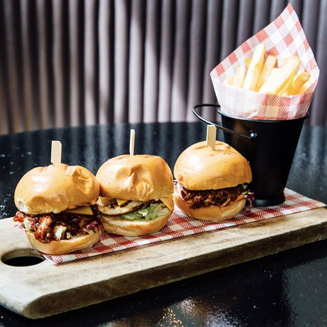 Our trio of sliders are great for sharing, or to have all to yourself! Choose from beef brisket, chicken or pulled pork 🍔🍔🍔 YUM! #banktavern #kogarah #sydneypubs #rockdale #southsydney