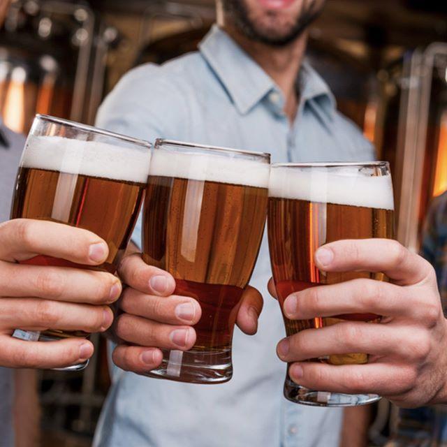 Start your weekend right at the Bank Tavern! 🍻  #cheerstotheweekend #banktavernkogarah #kogarah #whatsontap #tgif