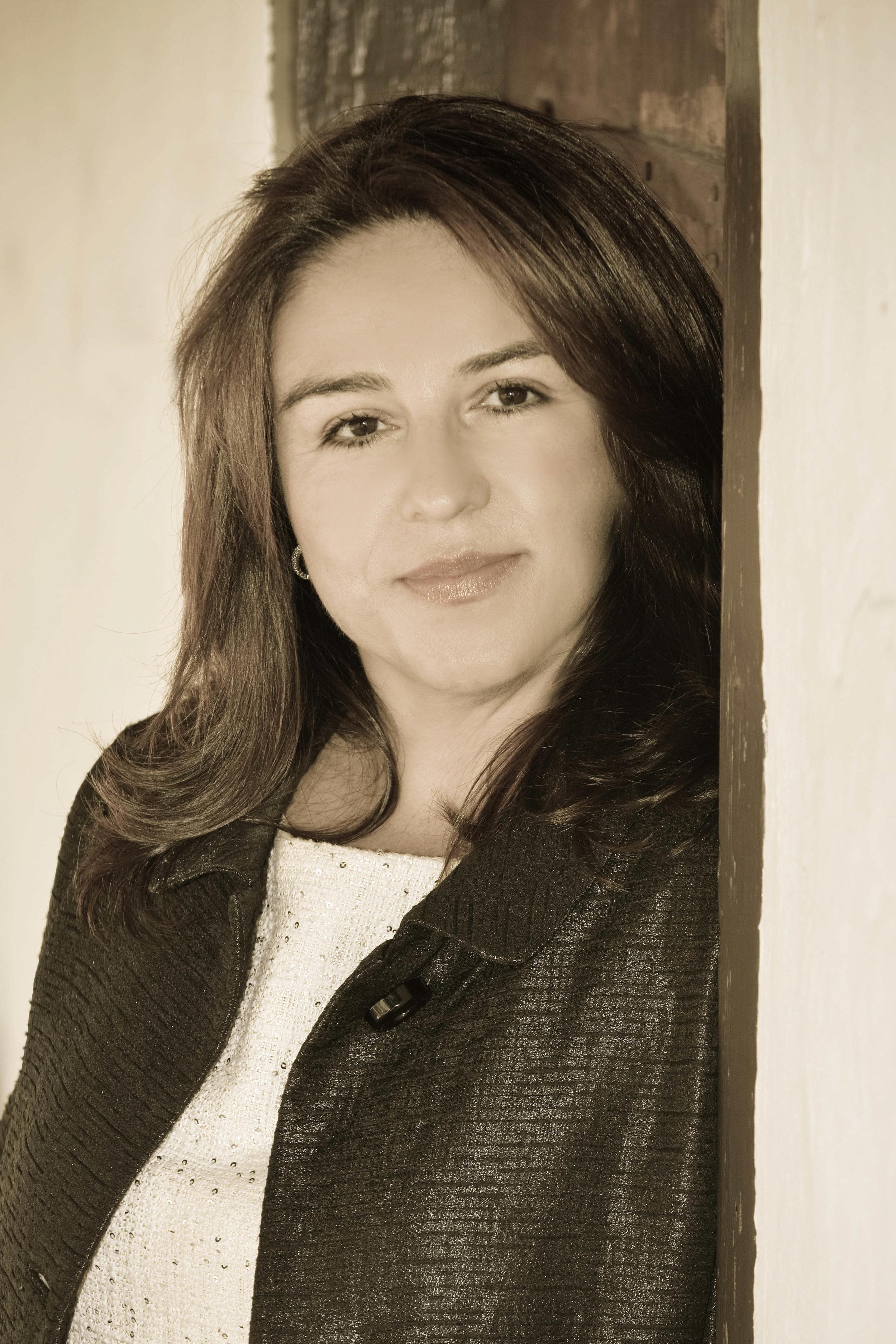 Mayra DSC_5920-2.jpg