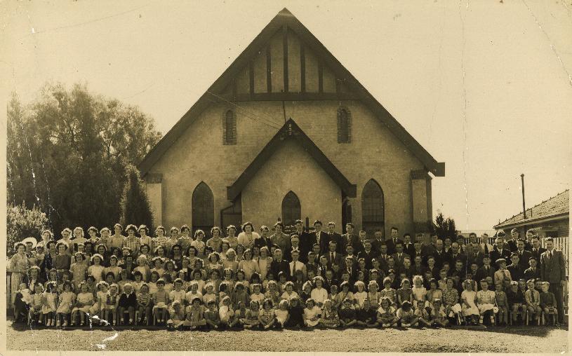 Church of Christ North Essendon, 1952