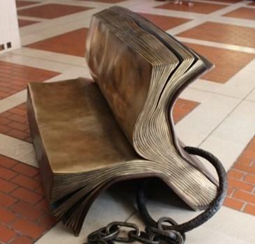 bookbench.jpg