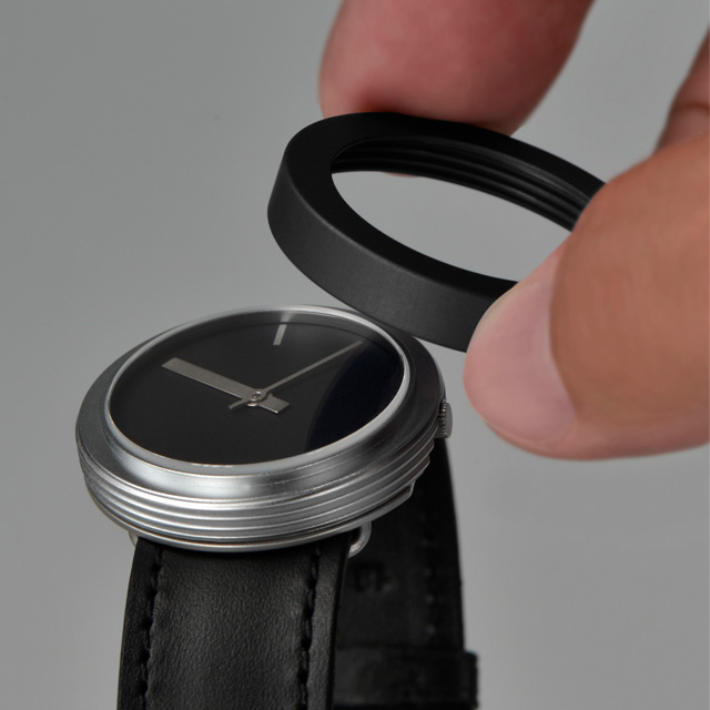 The interchangeable bezel on the Halo watch