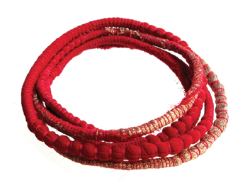 red-gold-sari-wrap_bangle-Tanvi-Kant-Jewellery.jpg