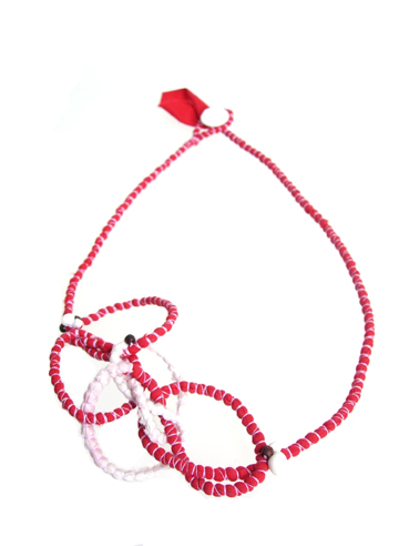 neckpiece_red-white-looped-Tanvi-Kant-Jewellery.JPG