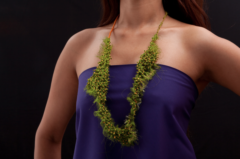 moss-green-necklace-tanvi-kant.png