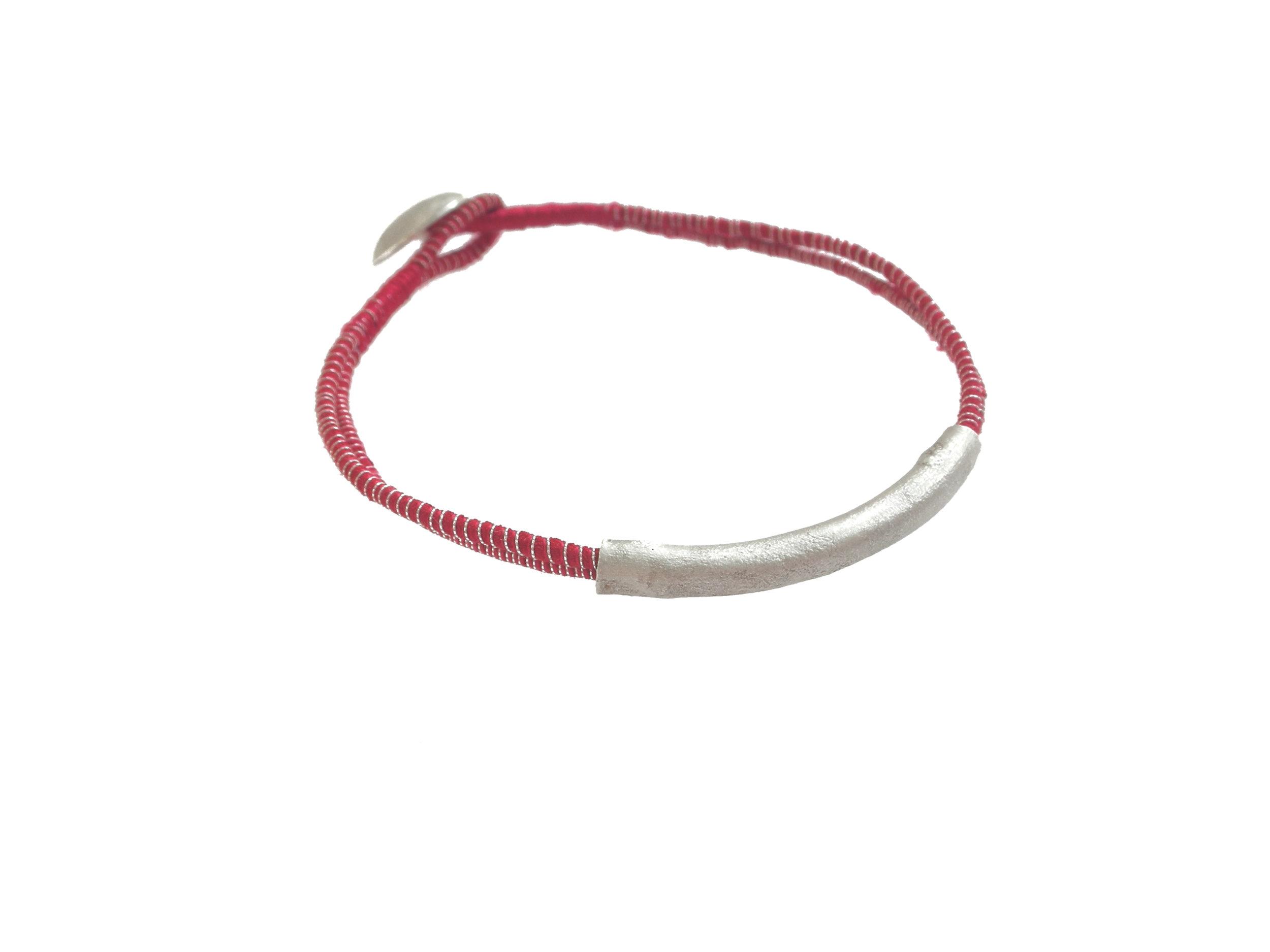 1-Tanvi-Kant-Red-Silver-Bracelet.jpg