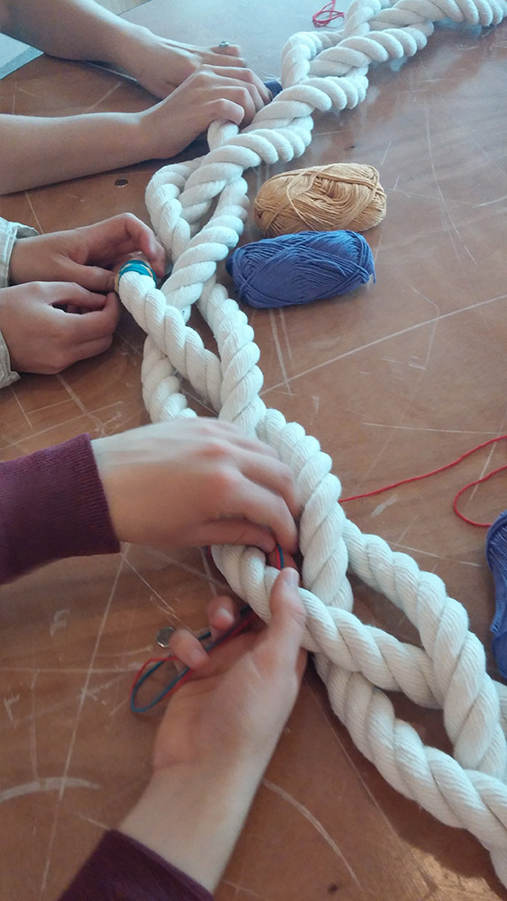 Giant-Friendship-bracelet-workshop-Southbank-Centre.jpg