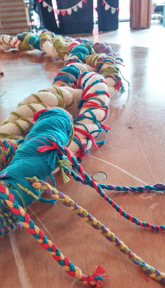 Giant-Friendship-bracelet-workshop-Tanvi-Kant.jpg