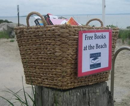 books at the beach basket.jpg