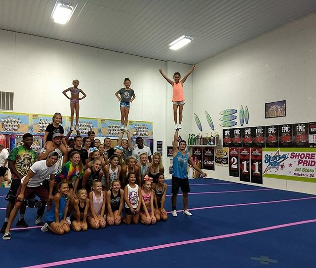Thanks @flippin_amped for an awesome clinic!! 💚🎀💙 #shoreprideallstars #shorepridestrong #flippinamped #tumble