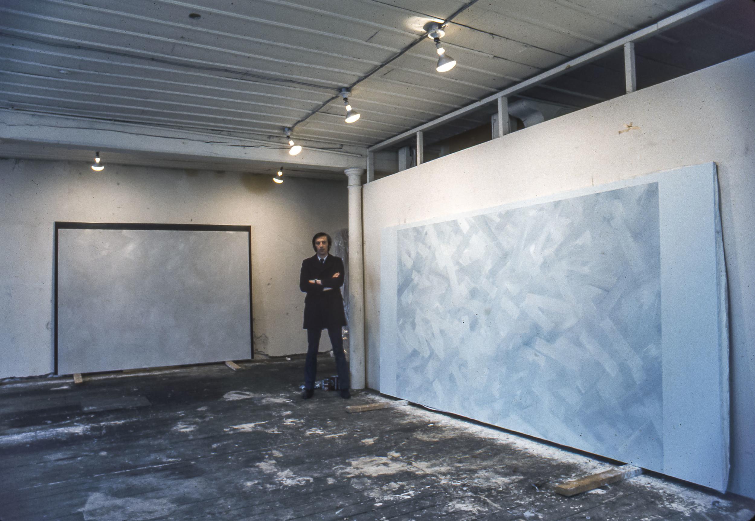 """Charles Gagnon, studio de la rue St Paul, Vieux Montréal avec """"Étapes No.2 - Steps#2"""", Collection permanente de l'AGO, et """"Gloire #3 - Glory#3"""", circa 1968"""