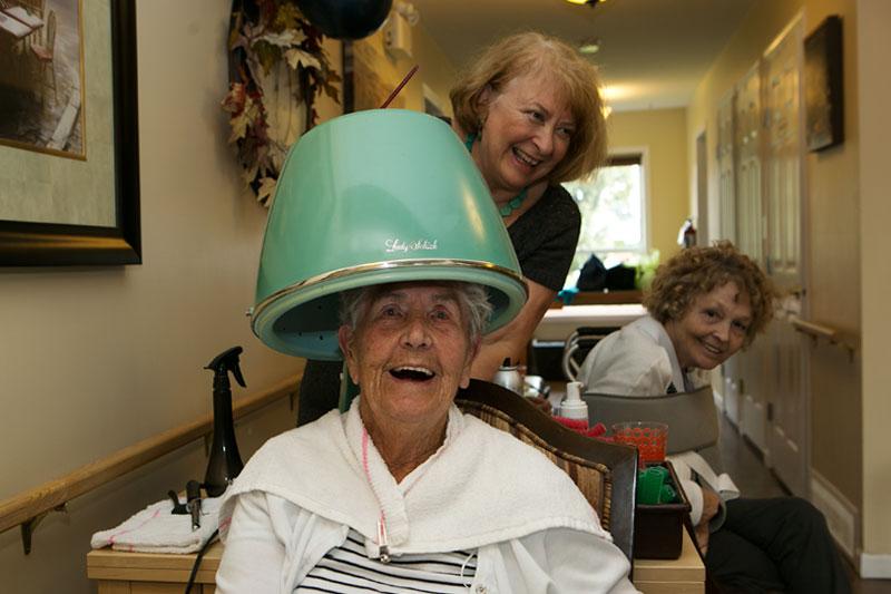 Hairdresser makes regular visits to Prairie Valley Lodge