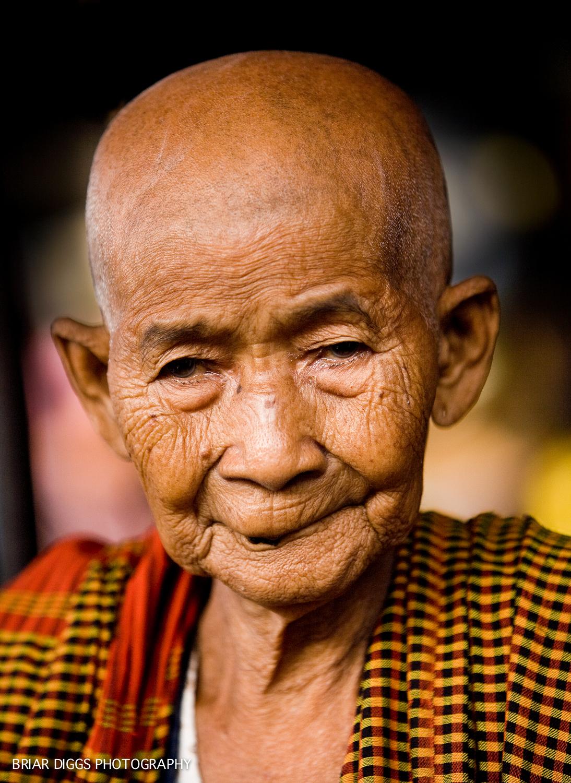 CAMBODIAN PORTRAITS-4.jpg