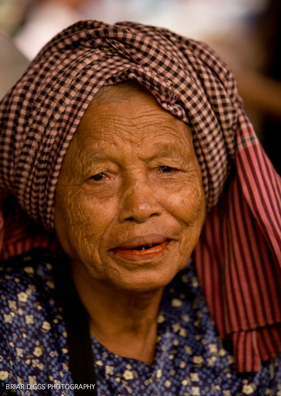 CAMBODIAN PORTRAITS-66.jpg