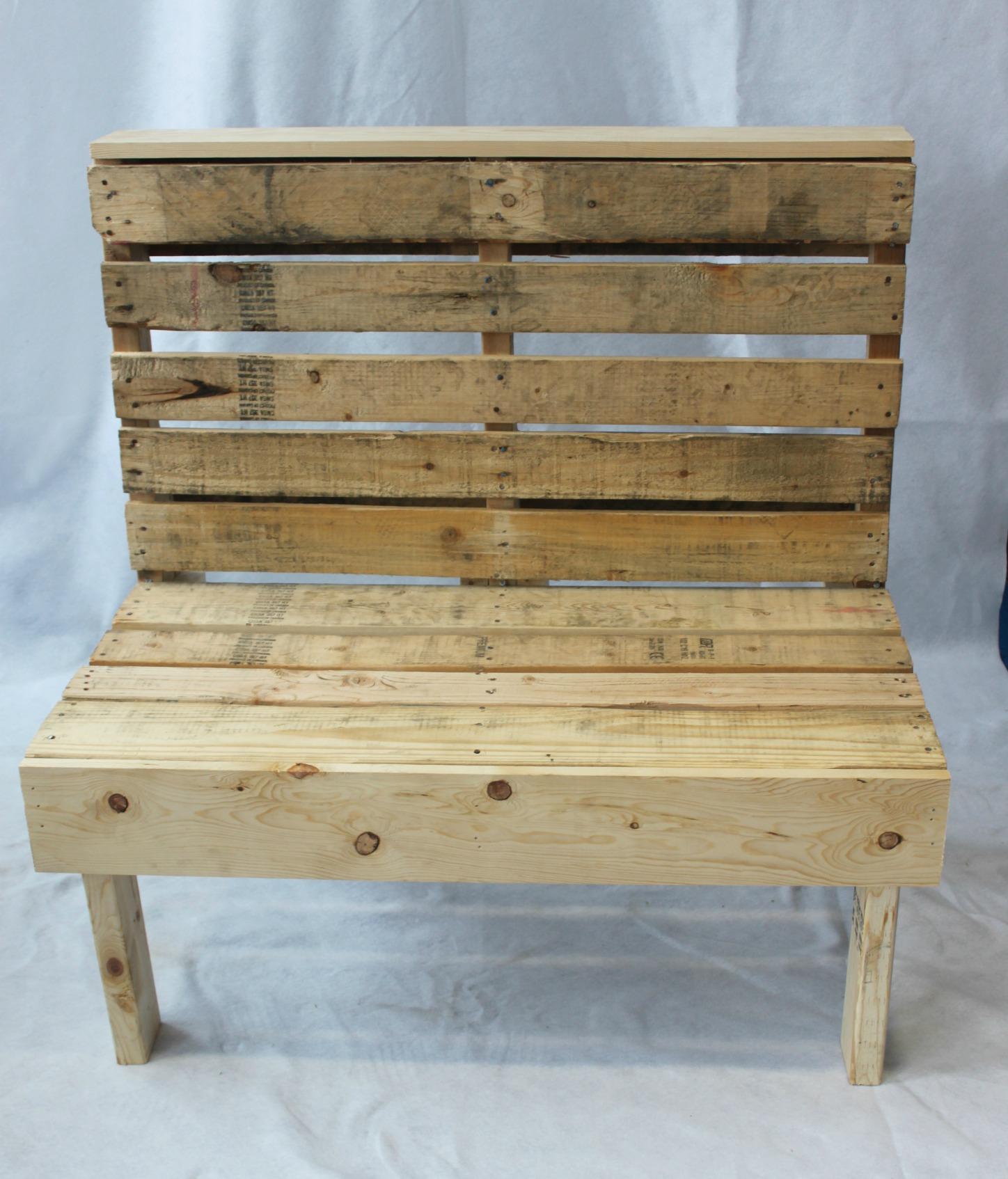 pallet bench.jpg