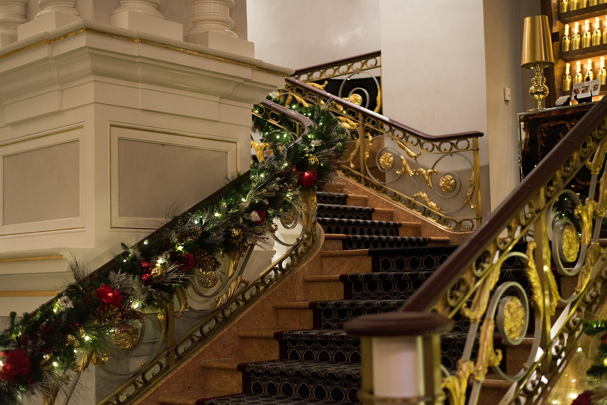 decorated staircase at lotte new york palace