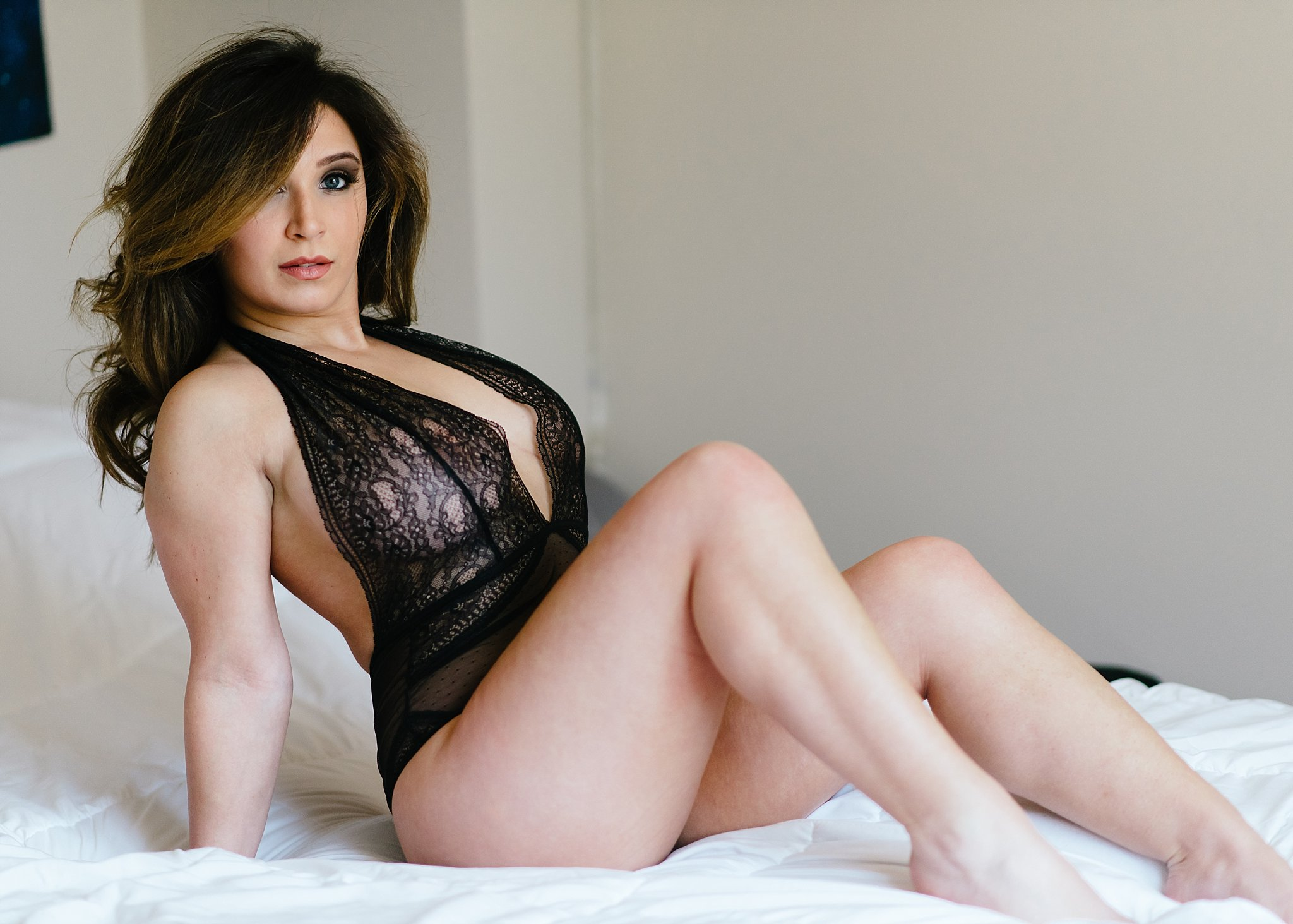 black lingerie boudoir .jpg