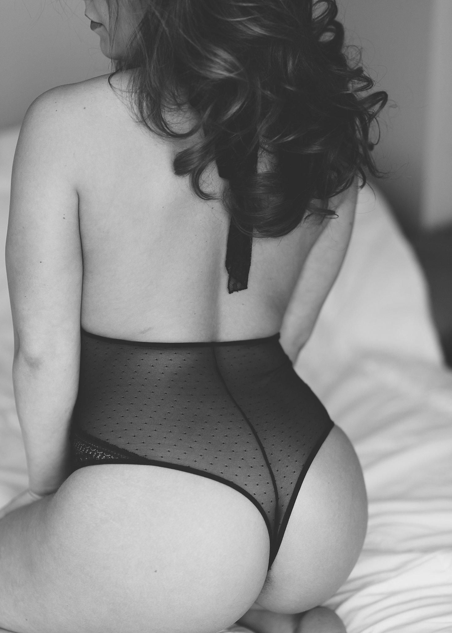 crossfit boudoir.jpg