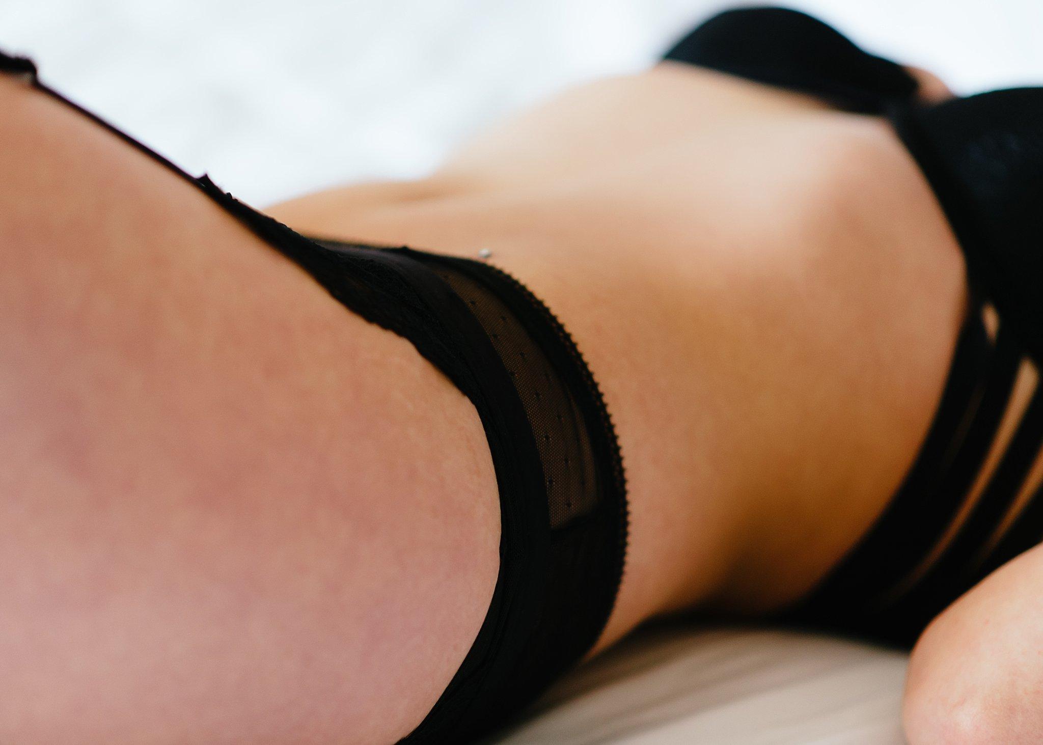 sexy boudoir photography boston.jpg