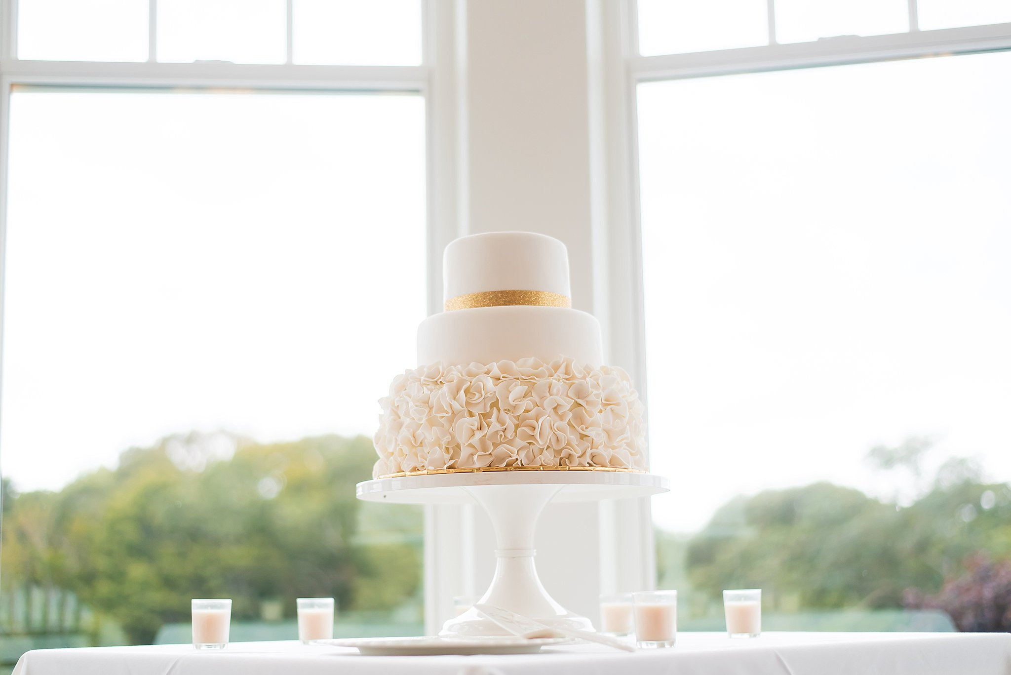 cape cod wedding cakes.jpg
