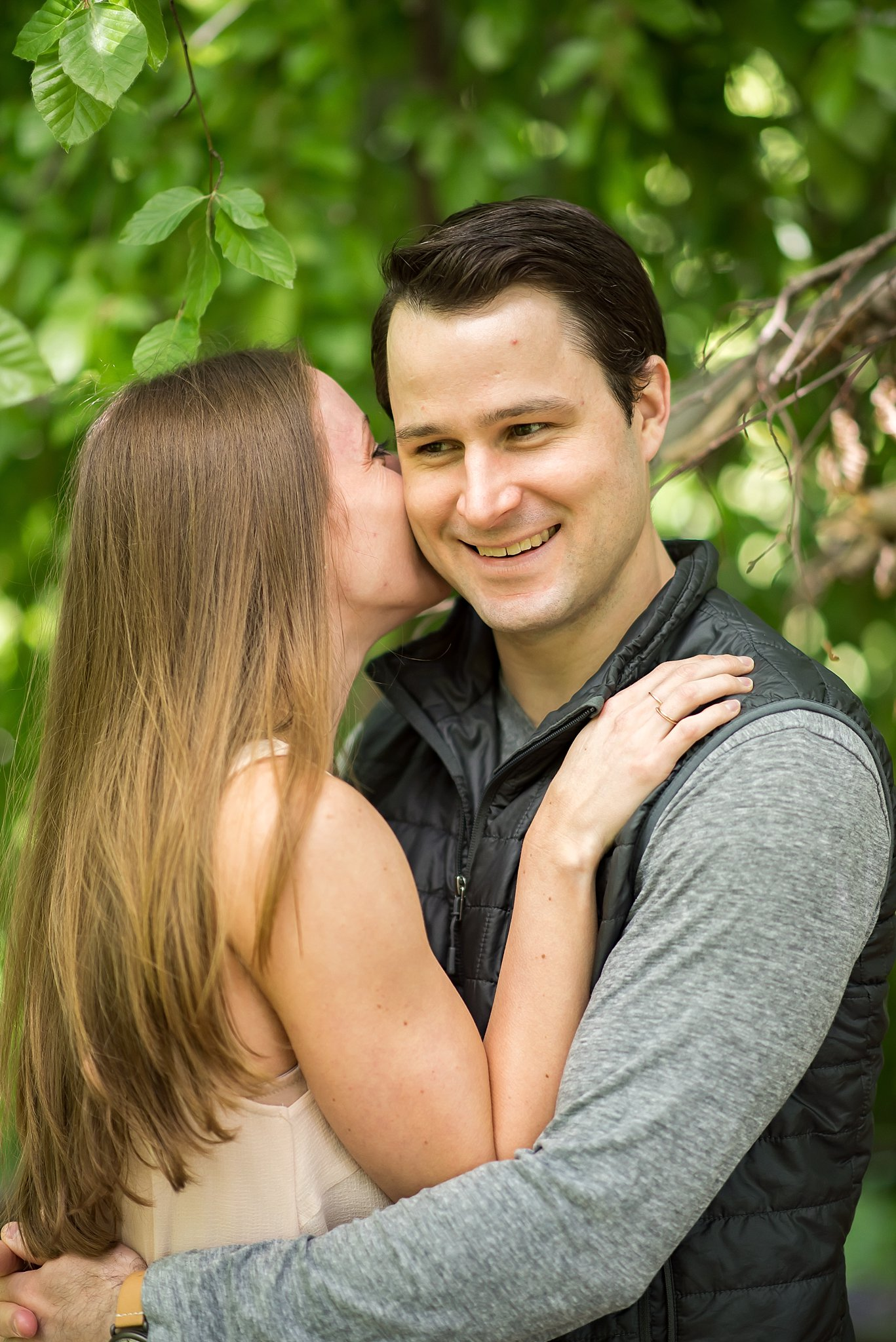 Picnic engagement session at Larz Anderson Park