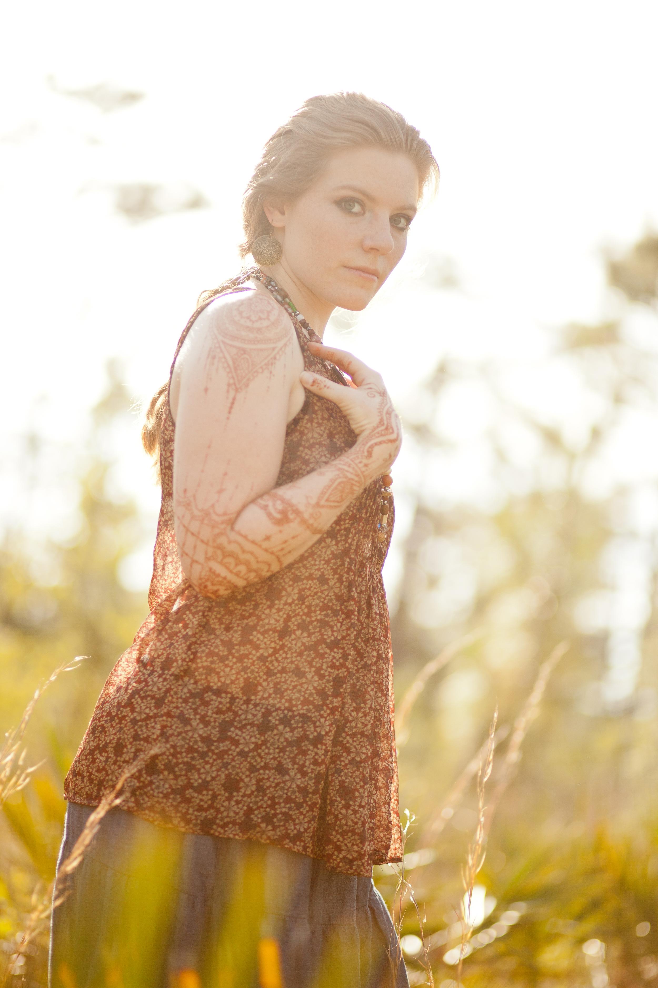 Annie - Woodland Henna-085.jpg