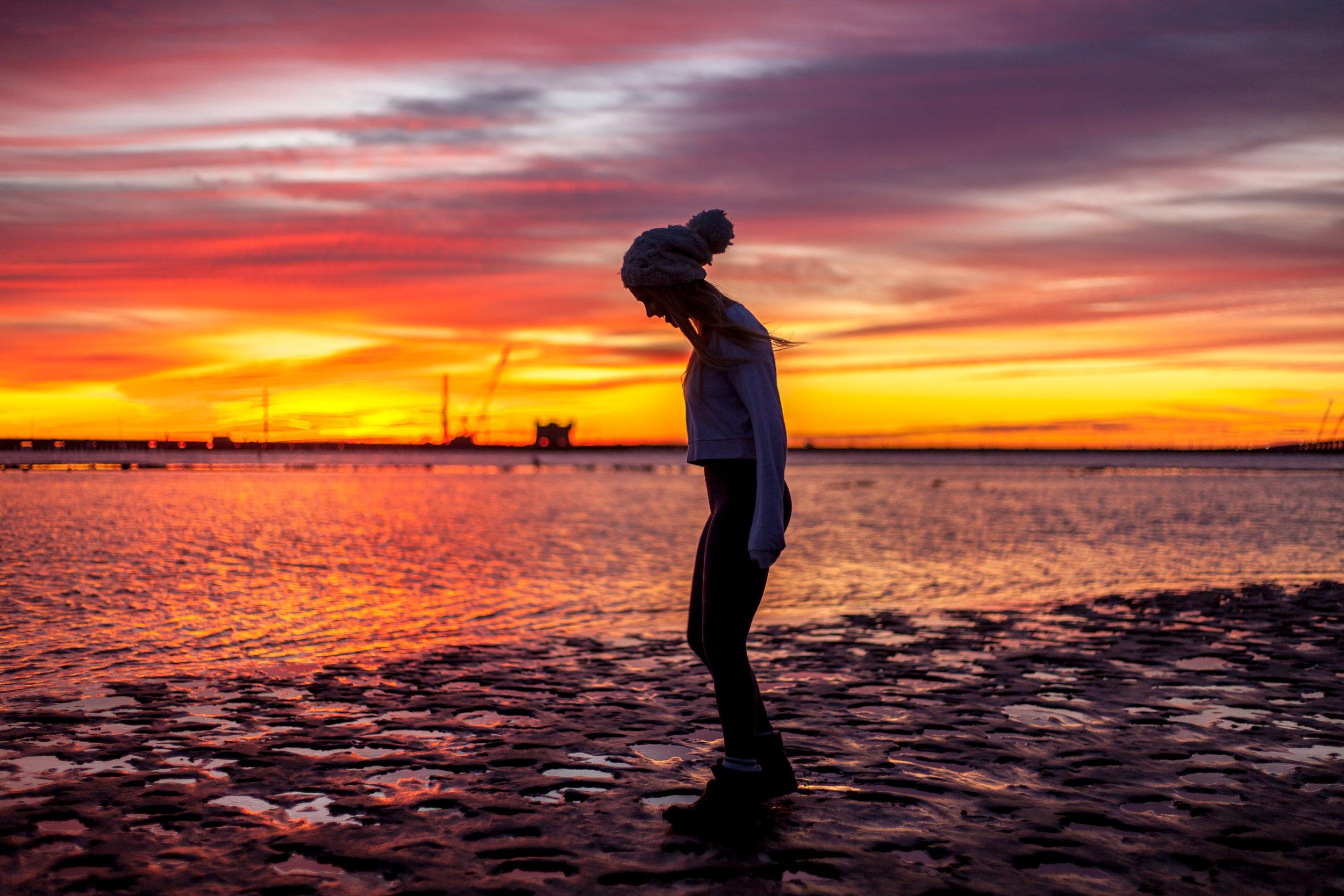 Megan - Sunrise Yoga-008.jpg
