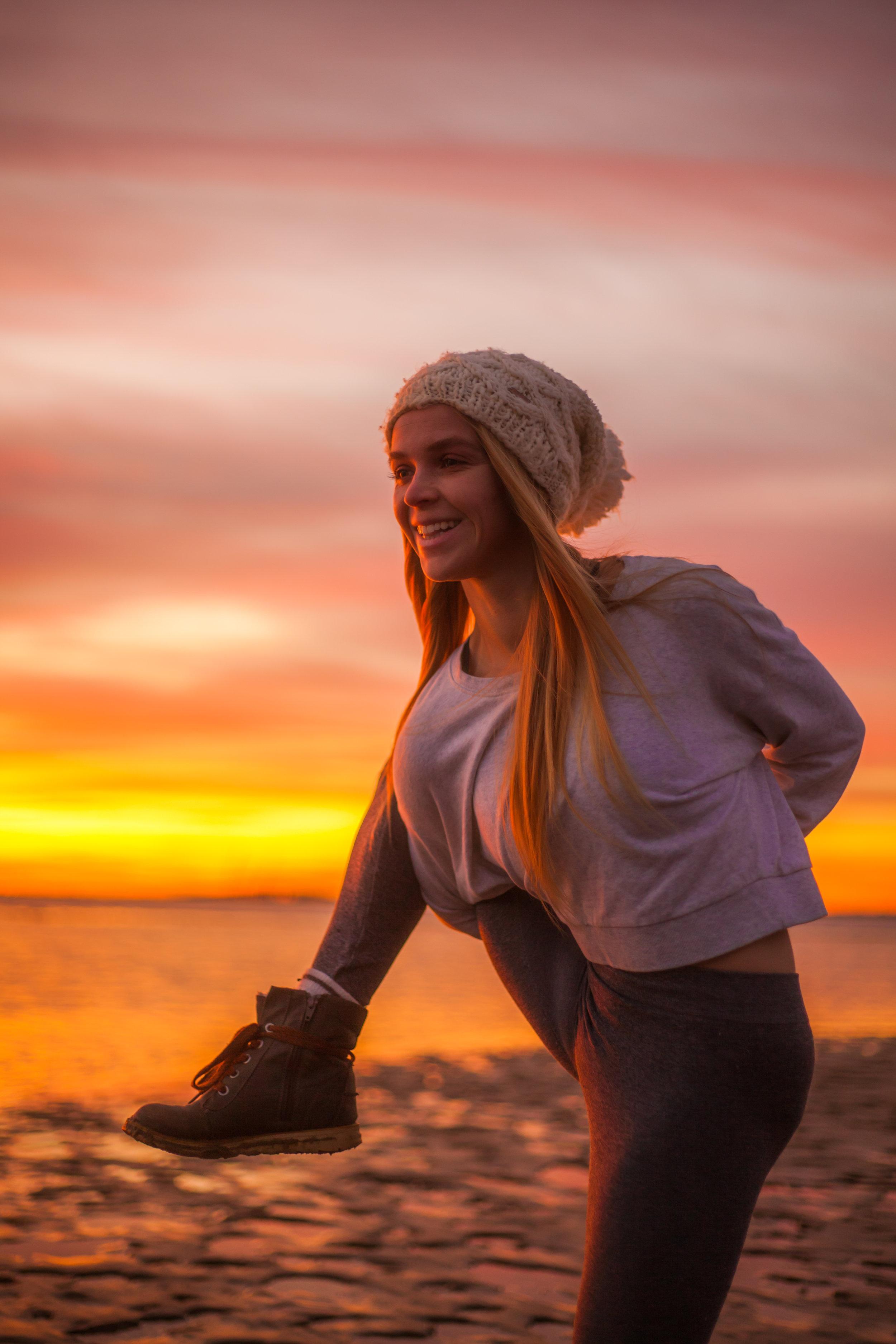 Megan - Sunrise Yoga-013.jpg