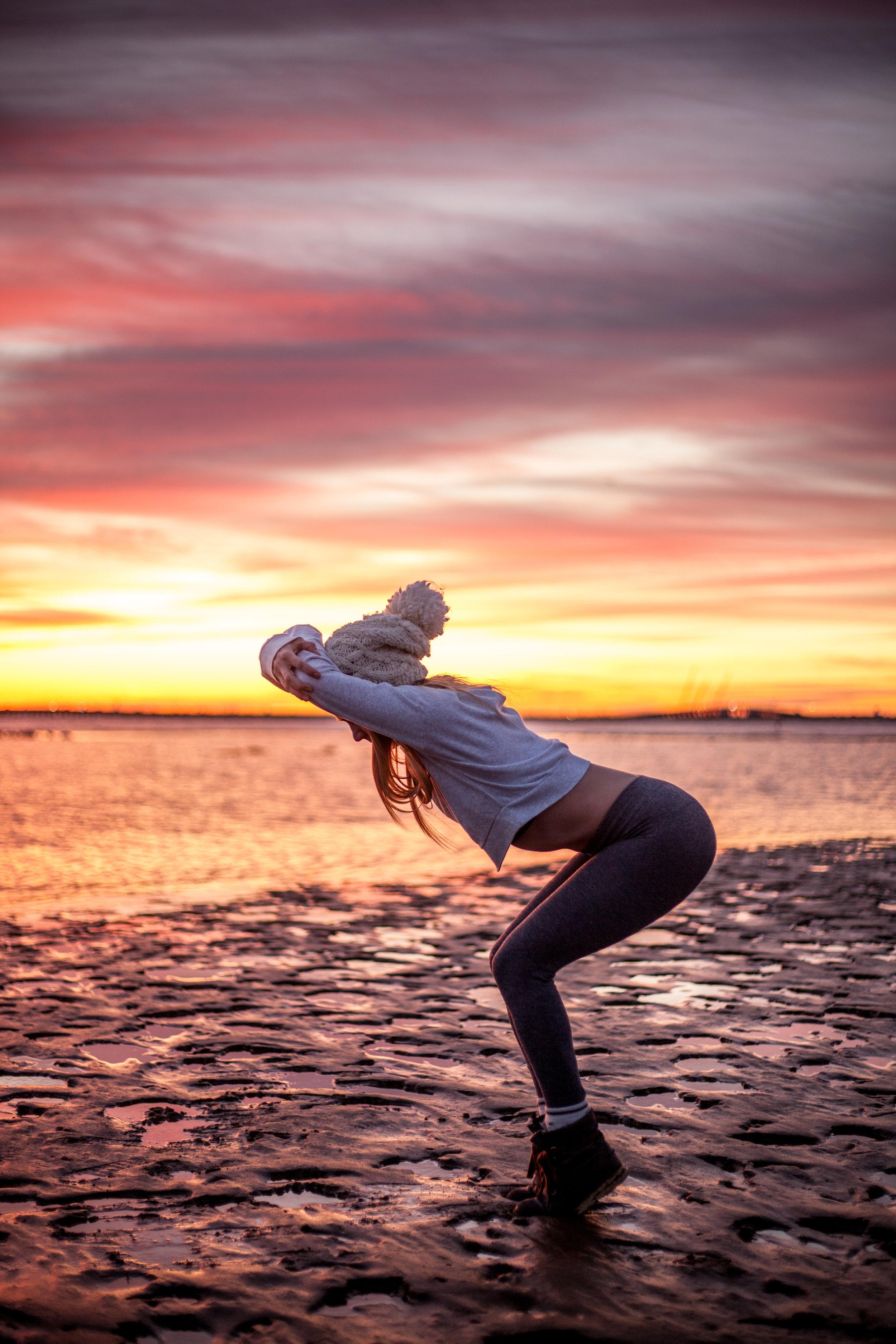Megan - Sunrise Yoga-015.jpg