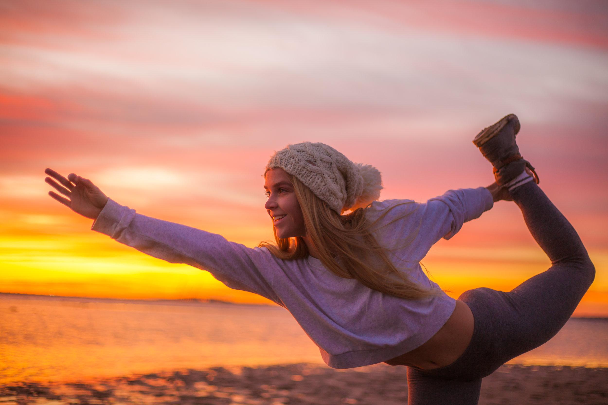 Megan - Sunrise Yoga-021.jpg