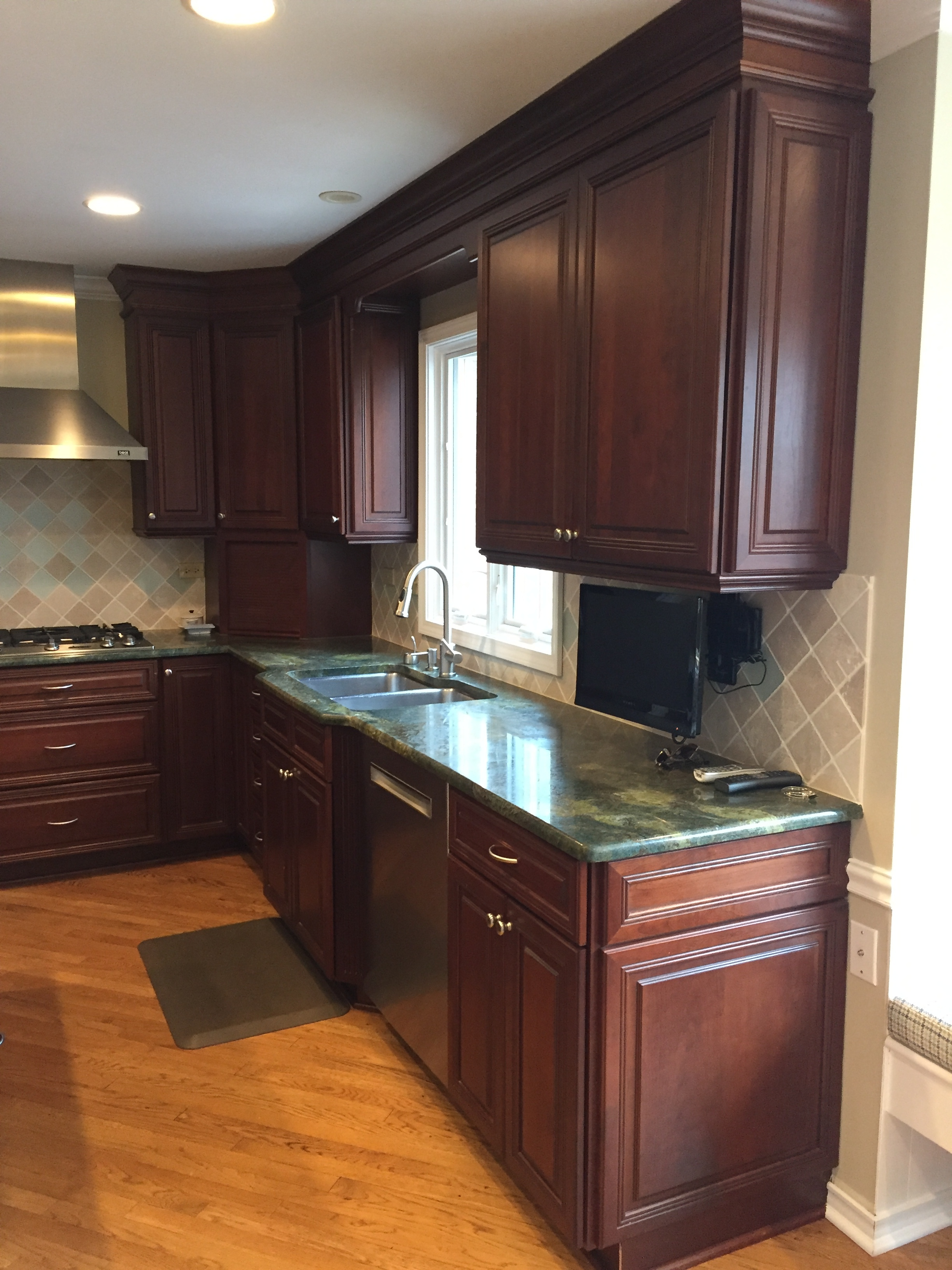 Gorgeous Omega Dark Wood Cherry Complete Kitchen New ...