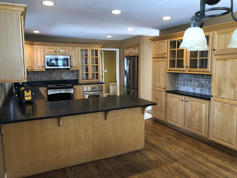 Beautiful Full Wood Kitchen Soapstone Counters Pantry Stainless Steel Appliances Bar Little Green Kitchens