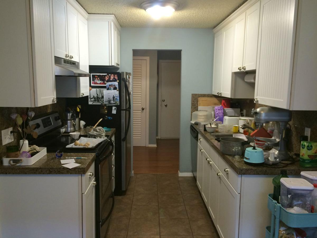 spruce-with-rachel-kitchen-before-pomodoro.jpg