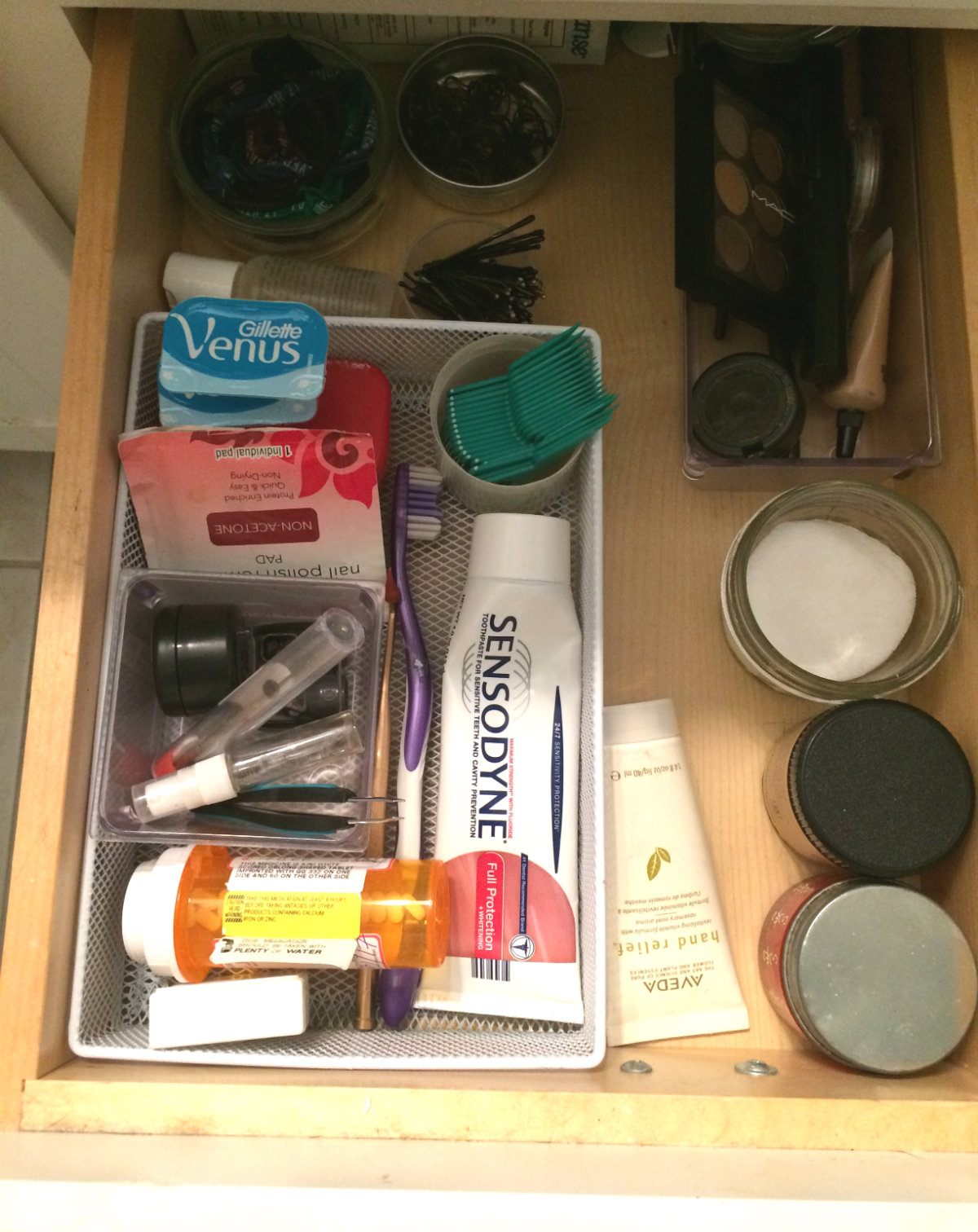 spruce-with-rachel-bathroom-drawer-after.jpg