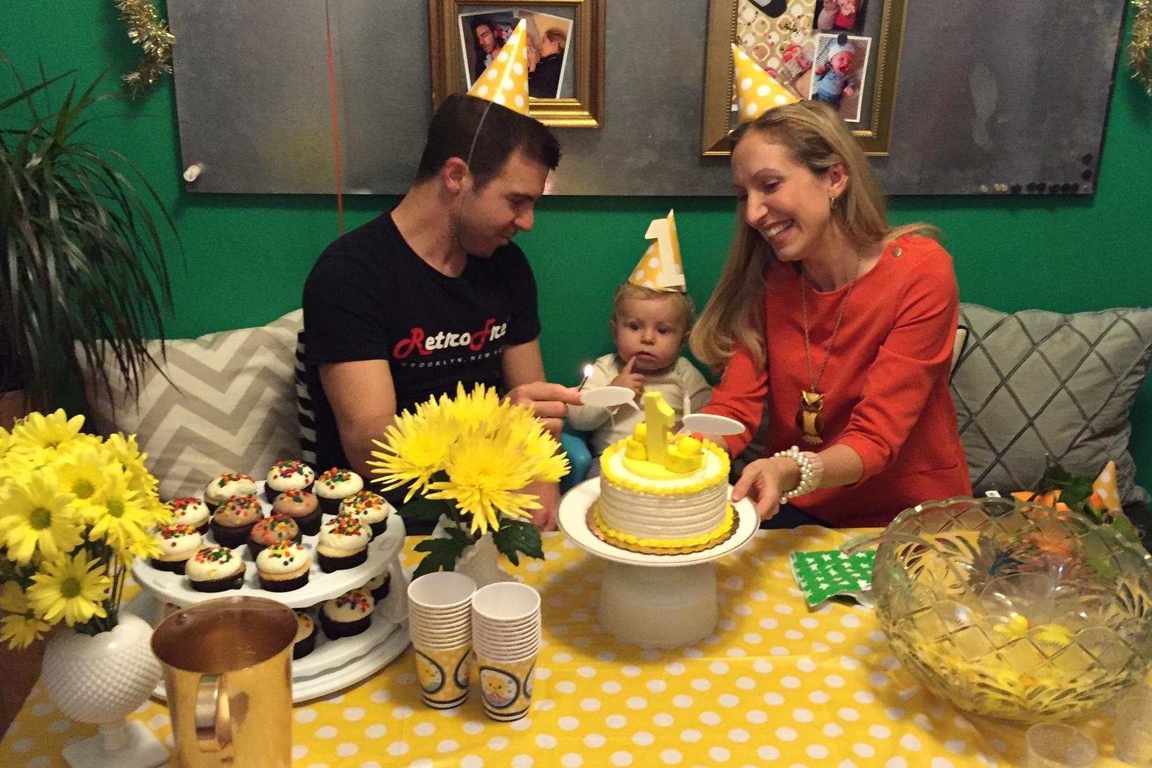 baby's first birthday cake
