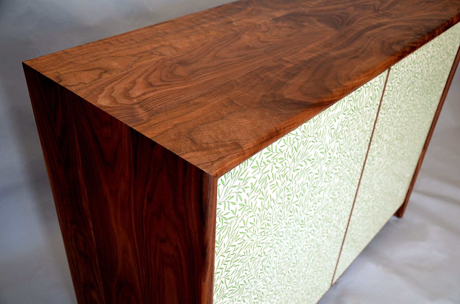 Lily Leaf Sideboard Corner 2.JPG