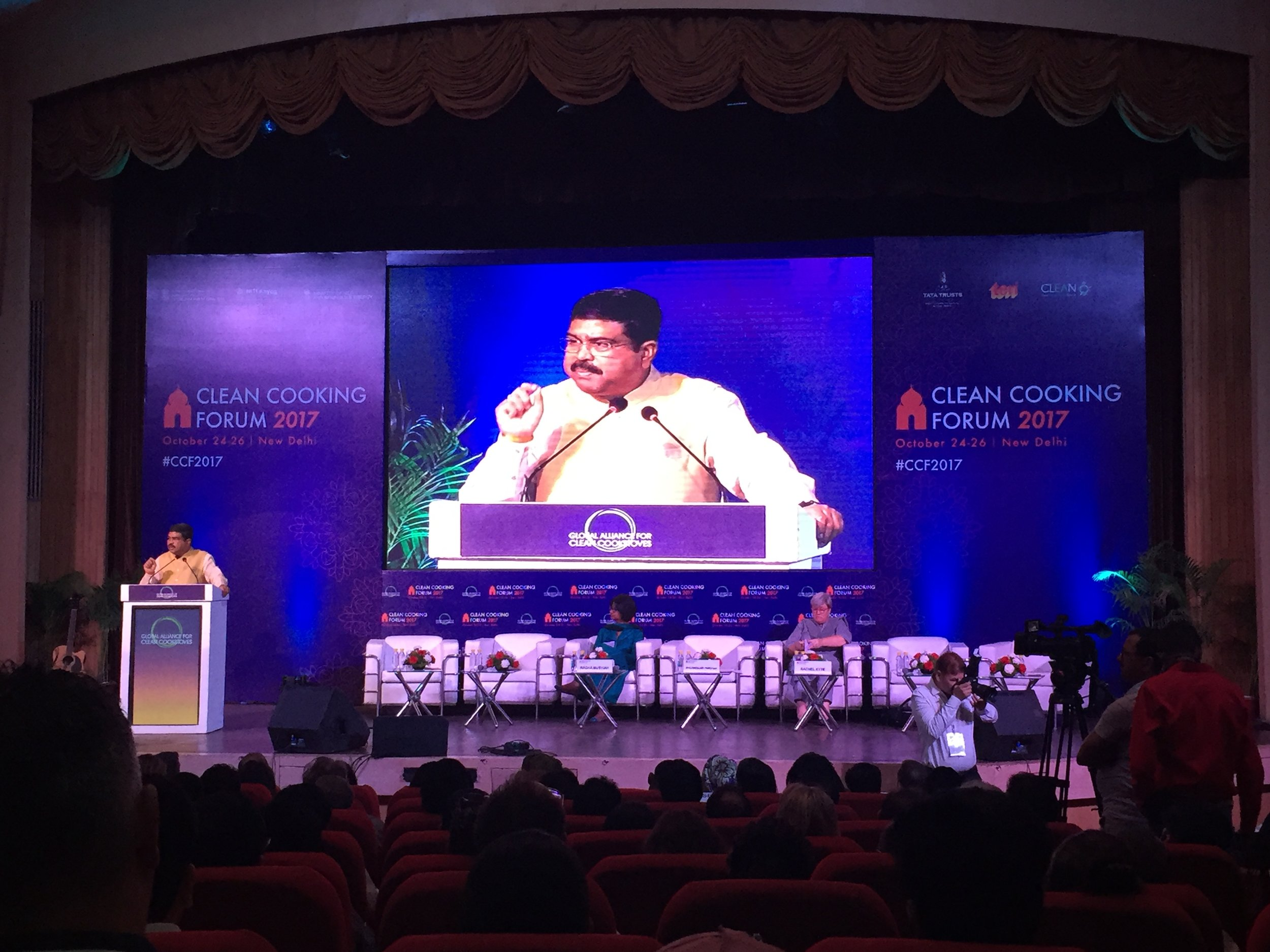 Mr. Dharmendra Pradhan, Minister of State for Petroleum and Natural Gas in the Indian Government, highlights India's LPG model at the Clean Cooking Forum 2017.