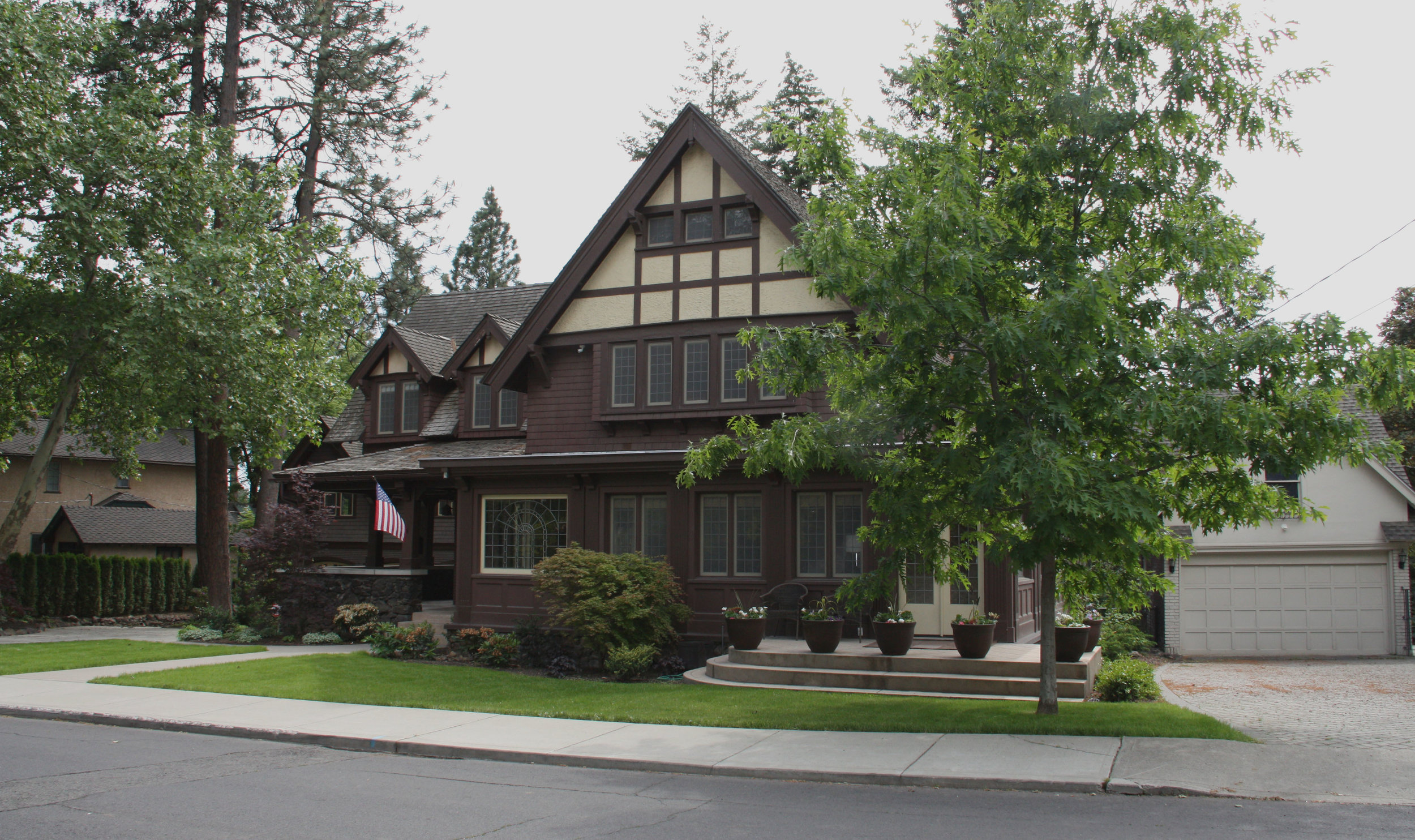 spokane craftsman landscaping
