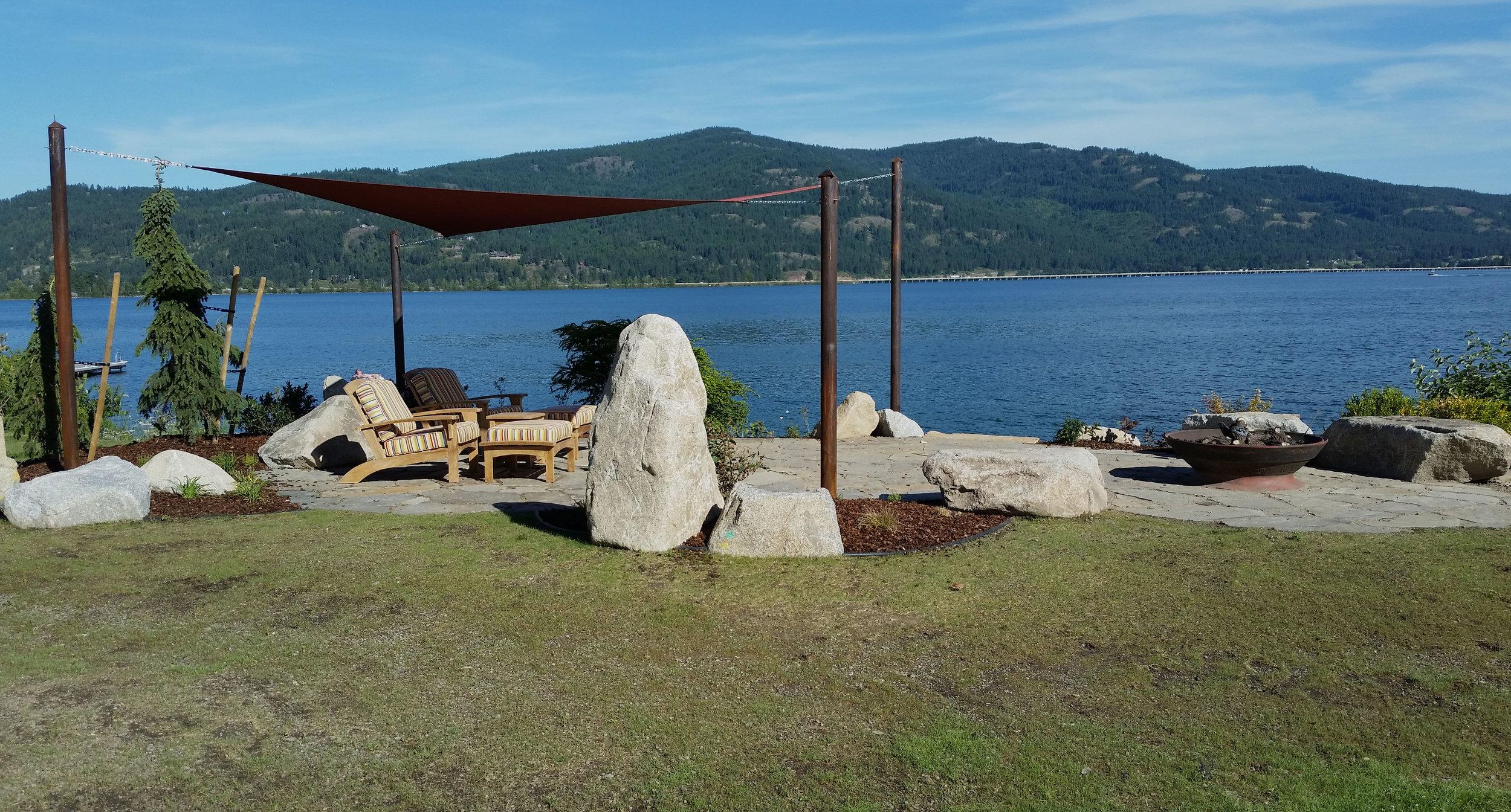 lakeside patio northwest boulders