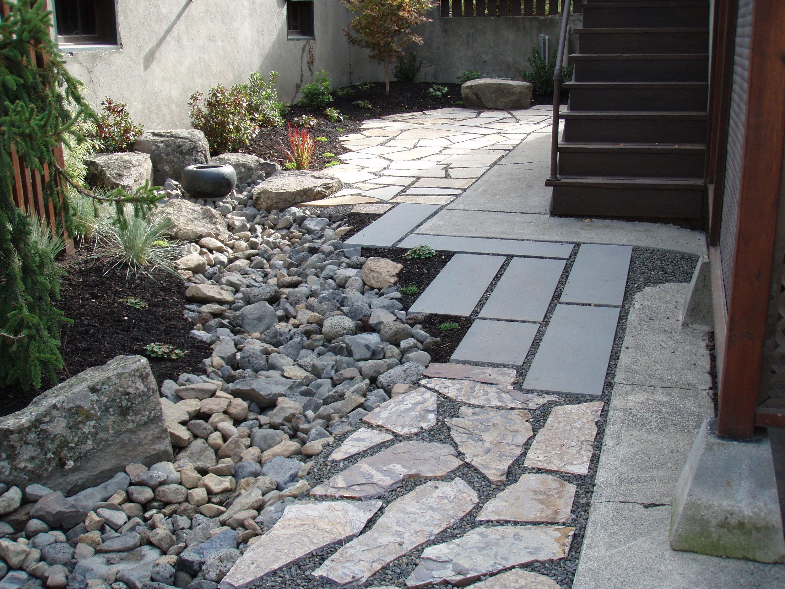 flagstone-tile-gravel-path.JPG